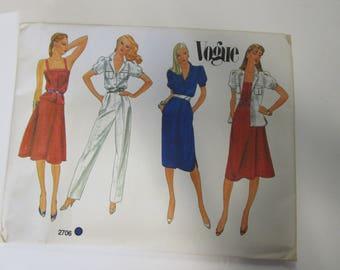 Vintage Vogue 2706 Pattern, UNCUT, Size 10