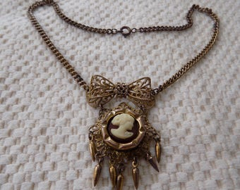 Vintage cameo and filigree bow dangle pendant, cameo jewelry, 1930s pendant/necklace, vintage necklace