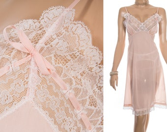 Simply stunning sheer silky soft  pastel peach nylon and delicate intricate white lace detail 1960's vintage full slip petticoat - PL1709