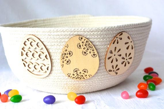 Rustic Easter Egg Basket, Handmade Minimalist Bowl, Modern Clothesline Basket, Primitive Yarn Bowl,  hand coiled natural rope basket