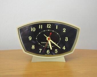 Mid Century GE Telechron Alarm Clock