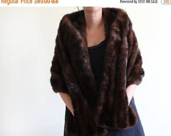 ON SALE 60's Mink Fur Stole / Brown Mink / Timeless and Classic / Free Size / Mink Cape Wrap