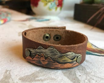 Artistic Icing original handmade rustic mountains leather cuff Bracelet