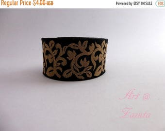 ilovesales Black and Gold intricate Floral embroidered trim- 1 Yard