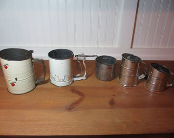 5 Assorted Vintage Sifters, Bromwell, Androck, other, Apples, Ducks, Small Sifters, Retro Kitchen