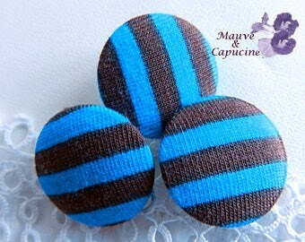 Button striped blue and brown, 22 mm (0.86 in) diameter