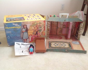 Wizard of Oz Munchkinland house #3 Mego