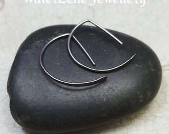 Niobium hoops. Niobium hoop earrings. small Niobium earrings. Minimalist earrings. Modern hoops. Geometric hoops. Simple niobium hoops.