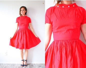 30% OFF SALE Vintage red heart 1950's valentines dress // red picnic dress //  1960's summer women short sleeve high neck dress // red full