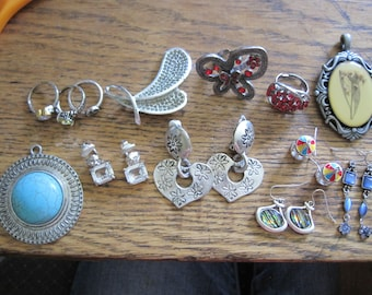 Large Lot of 13 Vintage Modern Silver Tone Jewelry Pendants Rings Dangle Earrings Rhinestones Bling CZs