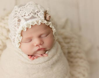 Newborn Ivory Lace Bonnet with Flower, photography prop, baby girl, bonnet, lace, flower, ivory, ready to ship