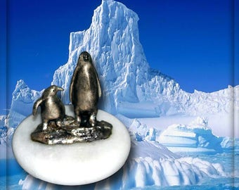 "Pewter and Marble Penguin Paperweight 2-1/4"" x 2-1/4"""