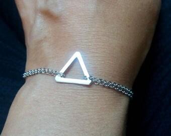 Silver Triangle Bracelet. Silver Plater Triangle. Geometric Bracelet. Small Silver Triangle. Minimal Jewelry. Layering Bracelet. Geo Jewelry