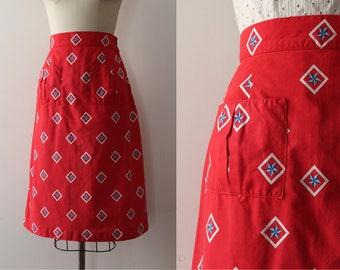 CLEARANCE vintage 1950s skirt // 50s nautical inspired cotton skirt