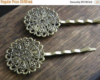 ON SALE 25 x Antiqued Bronze Ornate Round Hair Clips Bobby Pins Tray 25mm Diameter Length: 64mm