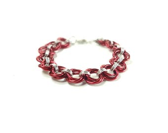 Chainmaille Mobius Bracelet In Red And Silver Anodized Aluminum