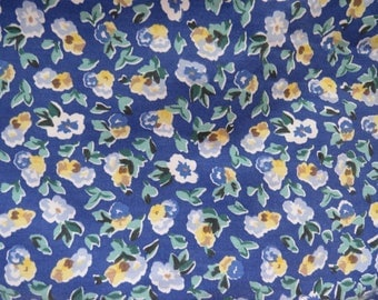 Laura Ashley Pillow Sham - Polyanthus Primrose Standard Sham - Blue Yellow Floral - Vintage Bedding Sheets Pillowcases Linens Bedding