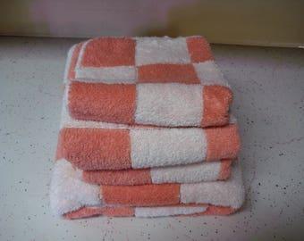 Vintage Martex Bath Towel Set Coral And White Squares
