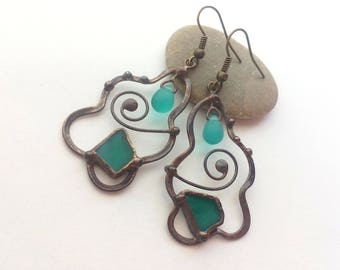 Copper wire earrings, bohemian jewelry, artistic earrings, turquoise stained glass jewelry, modern jewelry, womens gift, glass beaded