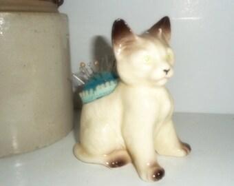 Pincushion ,Vintage Sewing Notions , Kitty , Cat Pincushion , Sewing Supply