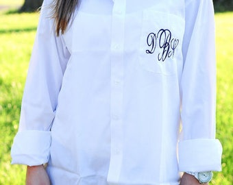 Bridesmaid Getting Ready Shirt, Monogram Button down Oxford, Bride Button Down,Bridesmaids Button Downs Oversized Monogrammed ButtonDown