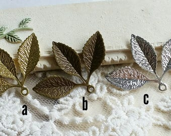 20 x 30 mm Antique Bronze / Raw Brass /Silver plated Copper Leaf Pendant Finding (.n)