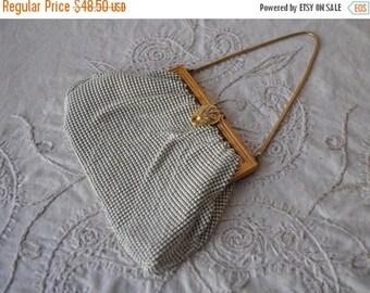 STARTSUMMERSALE Whiting & Davis White Enamel Mesh Formal Bag/Vintage 1920s 1930s/Bride's Fingertip Bag/White Evening Clutch/Art Deco Flapper
