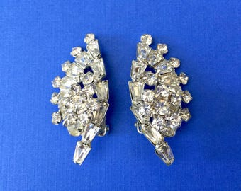 Beautiful 1950's Rhinestone Clip on Earrings