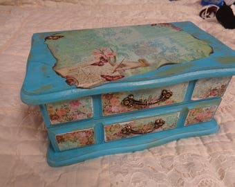 Shabby Chic Painted Cottage Roses Jewelry Box