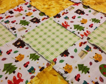 """Camp wilderness baby Rag quilt kit 75  pre cut, fringed 8.5"""" squares, 3 layers of flannel, yellow green brown, finish is approx 35x35"""