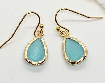 aqua glass crystal earrings, shabby chic, gift idea