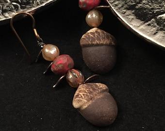 Acorn earrings, acorn jewelry, hand beaded earrings, fall earrings, autumn earrings, acorn drop earrings, acorn dangle earrings, mom gift