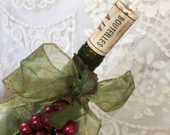Ganze Jahr über Flasche Wein Kork Kerzen. Kerzen, Die Aussehen