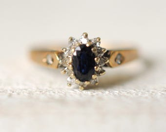 SALE! 1970's vintage / Sapphire and diamonds 9k yellow gold ring / engagement wedding ring / bohemian gypsy wedding