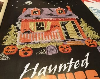 HALLOWEEN HAUNTED HOUSE - Cross Stitch Pattern Only