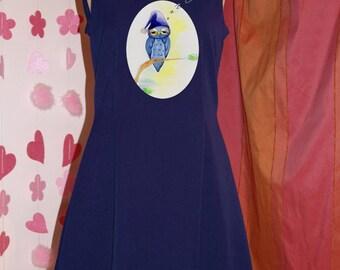 Black or Lila Blue dress with straight neckline or V-neck