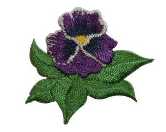 ID 6906 Purple Lily Flower Patch Garden Iris Blossom Embroidered IronOn Applique
