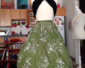Green floral novelty full skirt medium