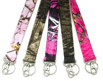 Camo Lanyard -  Cute Lanyards - ID badge holder - Muddy Girl - Realtree - Mossy Oak - Pink Camo - Free Shipping - ID lanyard keychain