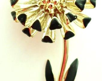 ON SALE Vintage Gold Tone And Black Flower Enamel Brooch Chrysanthemum Wedding Bridal Brooch Bouquet Accessories