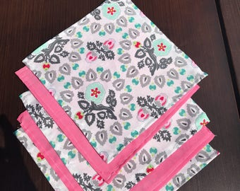 Set of five lunchbox napkins