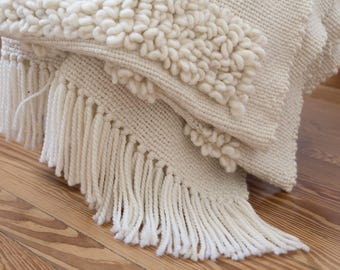 Blanket chunky knit, Morocco pom pom blanket, Scandinavian embroidery, Knit bedding Valentines throw loop, African fluffy mud cloth gift