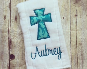 Personalized girl burp cloth cross, baby gift
