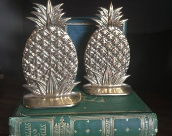 Brass Pineapple Bookends, Pair of Pineapple Bookends, Housewarming Gift, Vintage Cast Brass Bookends, High Quality Bookends