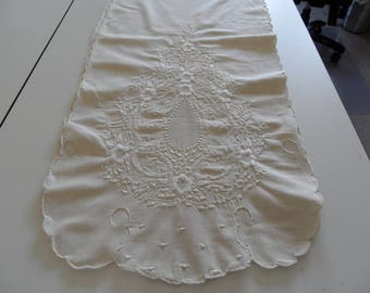 """Vintage Embroidered Table Scarf or Table Runner 100% Linen 80"""" x 16"""" with embroidered design at both ends and each side in center"""