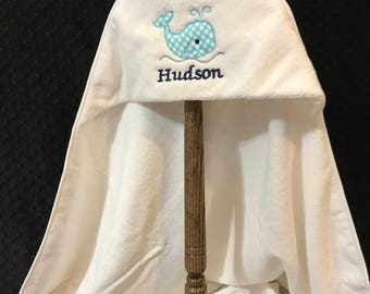 Hooded whale Bath Towel/hooded baby towel/whale/whale towel/Baby bath towel/whale towel/baby whale towel/hooded towel