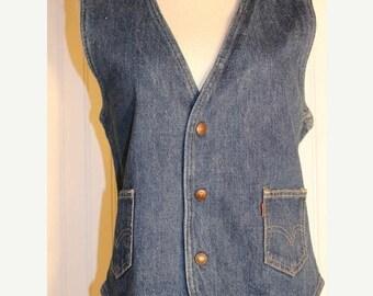50% Off Sale Vintage 70's Levis Blue Denim Vest Orange Tab Levis Size Medium