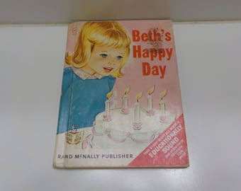 Vintage 1966 Beth's Happy Day (29) Rand McNally Publishers, Start-Right Elf Books