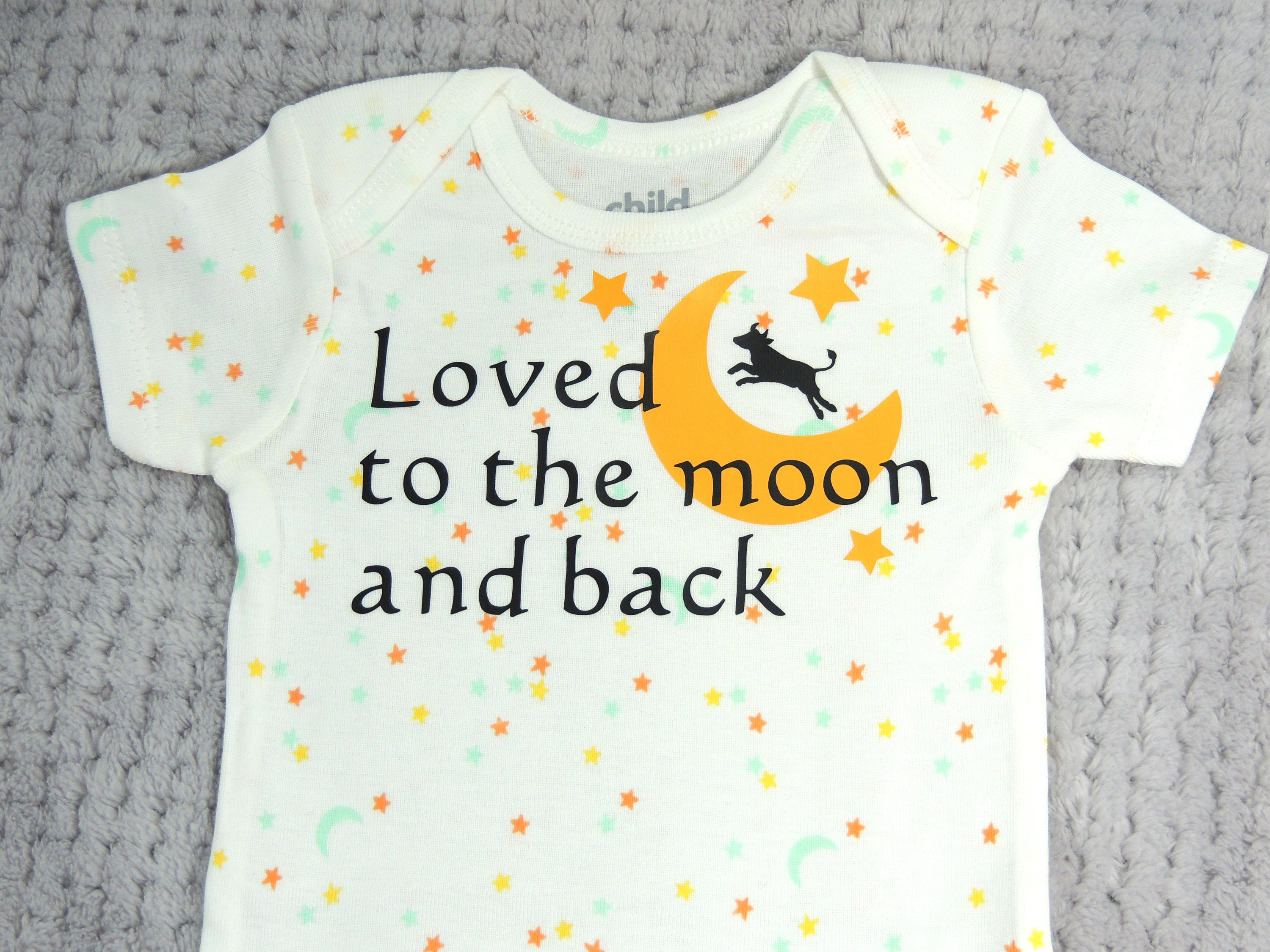 Moon and Back esie Love you to the moon Moon Baby Shirt