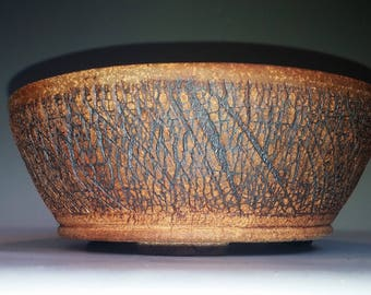 Round, Crackle Bonsai Pot with Fancy Feet